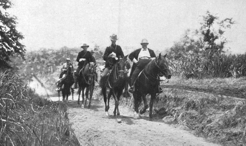 General Shafter on horseback (right)