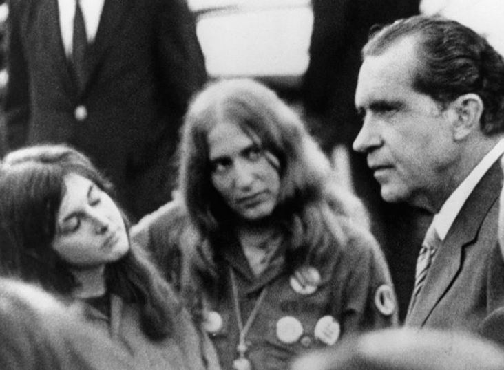 The Peace President >> IV_1969_President_Nixon_Impromptu_Meeting_with_Vietnam_Protesters_at_Lincoln_Memorial_CUT ...